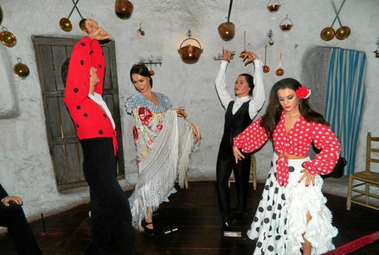 Танцоры фламенко
