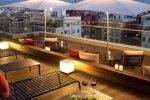Терраса для загара и отдыха на крыше отеля