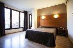 Двухместный номер с общей кроватью