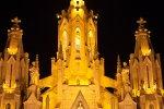 Храм Святого Сердца ночью