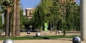 Центральный парк Побленоу (Parc del Centre de Poblenou)