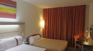Holiday Inn Express Barcelona 22@ 3*