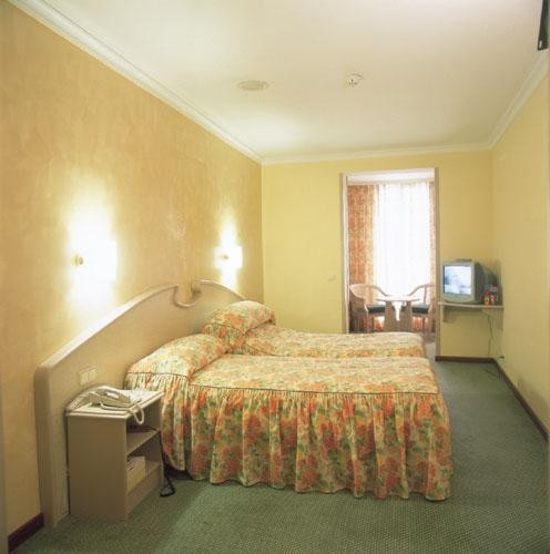 Hotel Lleo 3*