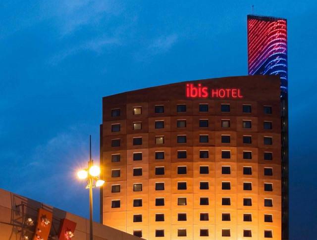 Ibis Barcelona Meridiana 2*