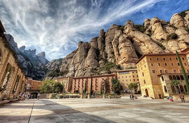 Горы Monserrat