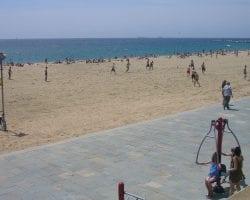 Спортивный уголок у моря