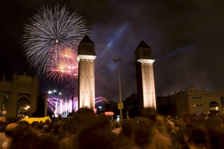 Фейерверк на площади Испании